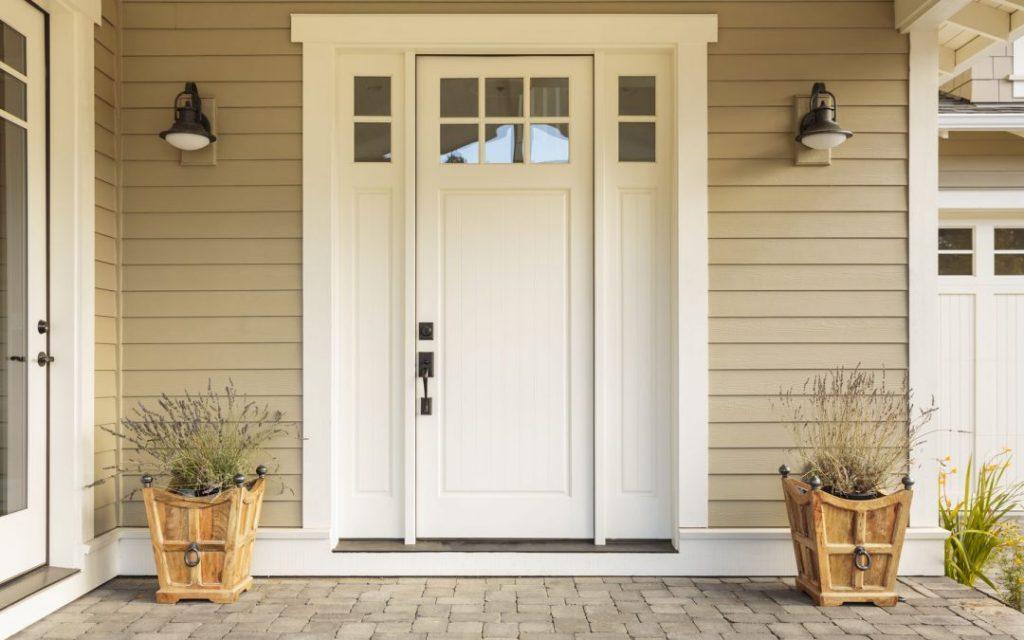 Съвети при закупуване на входна врата